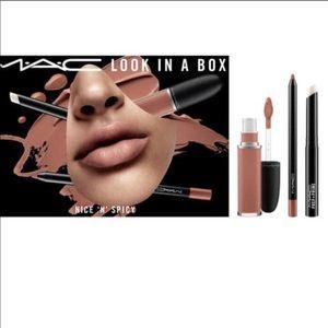 NIB MAC cosmetics look in a Box Nice N Spicy